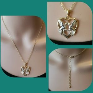 Jewelry - Heart & kissing bird adjustable necklace